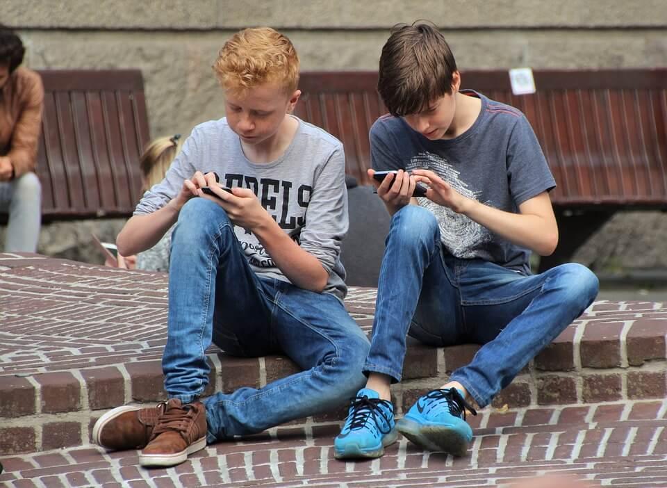 jovenes-movil
